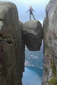 crevice boulder